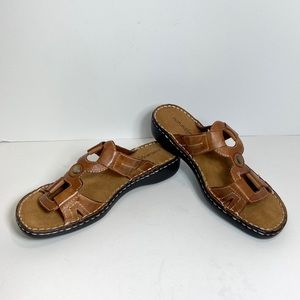 Naturalizer Leather Slide Sandals Metal accent 7